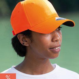 Oranje cap van 100% gerecycleerd materiaal gezicht
